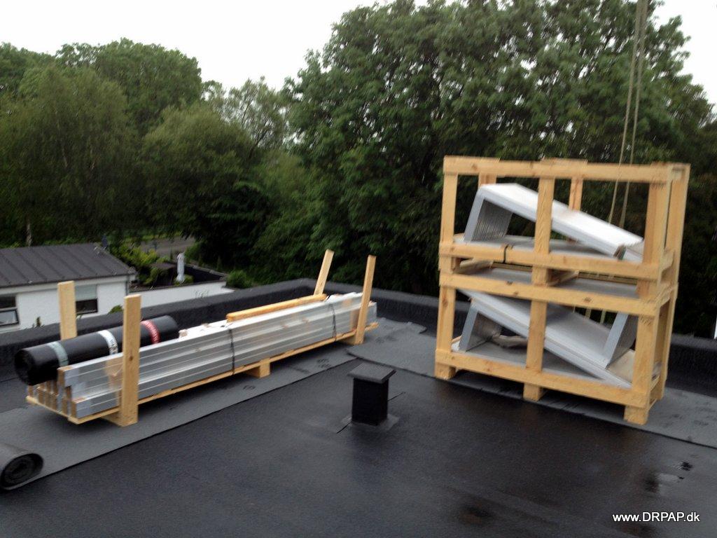 Renoveret tag der er klargjort til montering af solceller